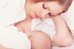 Como eu faço para amamentar o bebê?