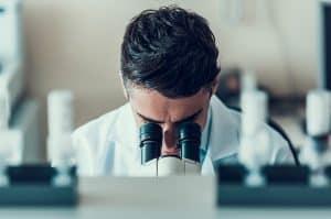 Qual a diferença entre fertilização in vitro e inseminação artificial?