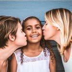 Casais homoafetivos podem ter filhos?